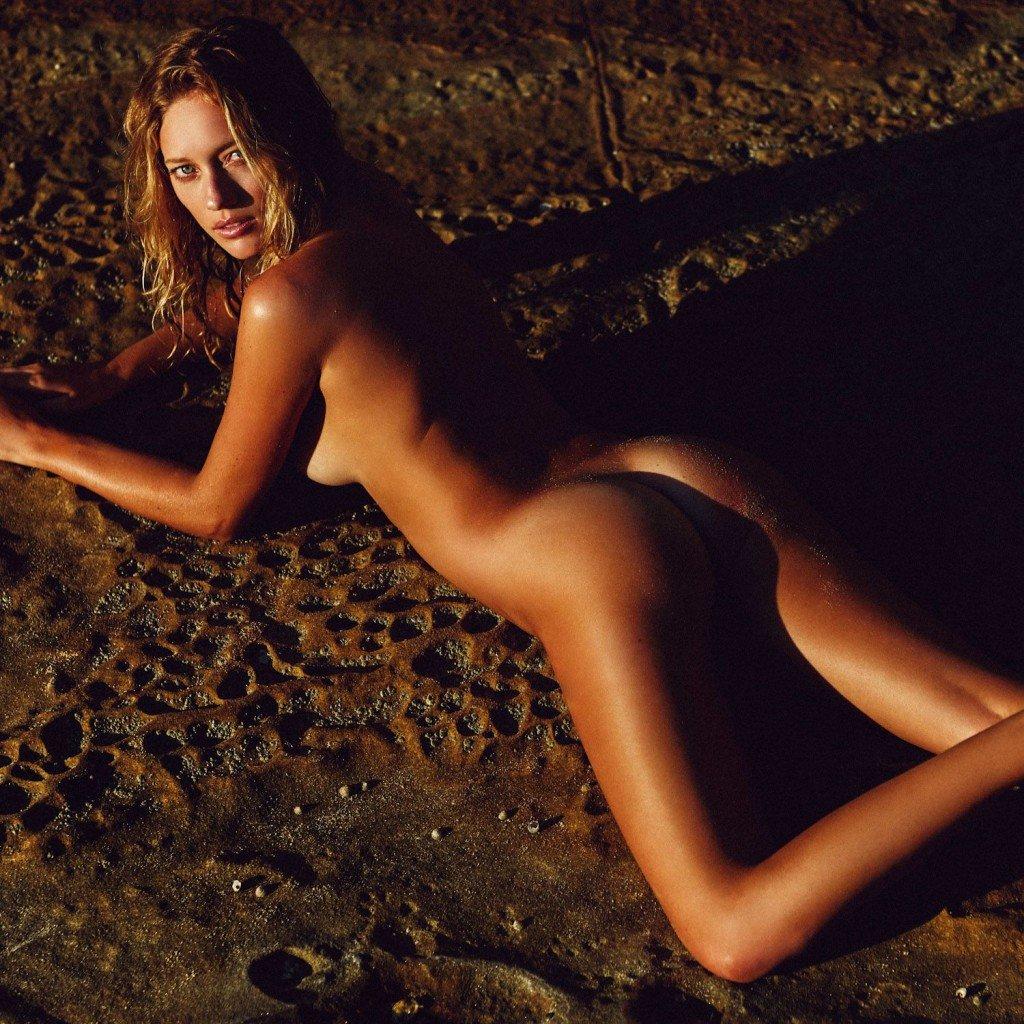 Zippora Seven Nude 1