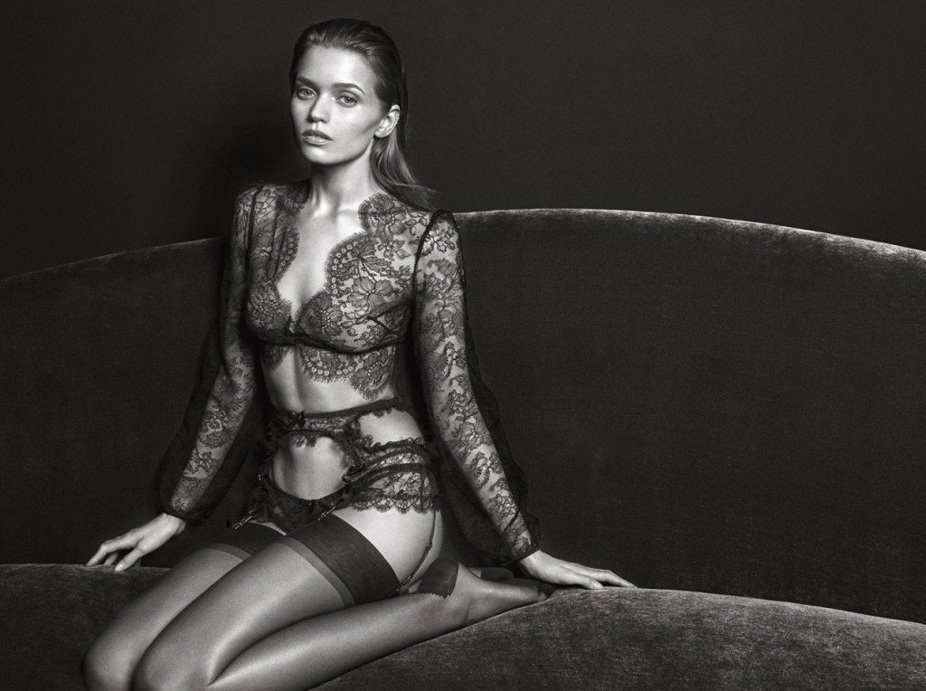 Abbey Lee Kershaw Sexy (7 Photos)