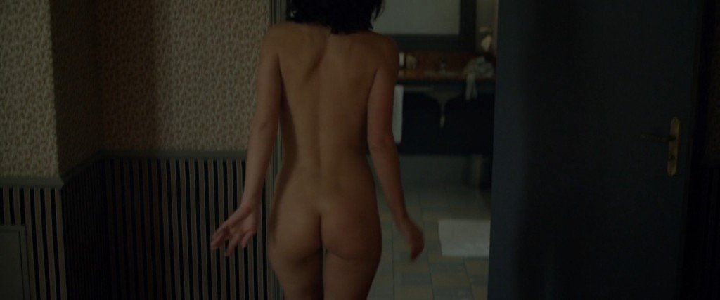 Adele Exarchopoulos Nude 13