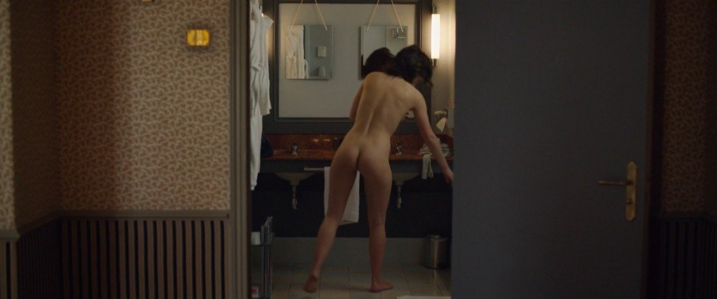 Adele Exarchopoulos Nude 14
