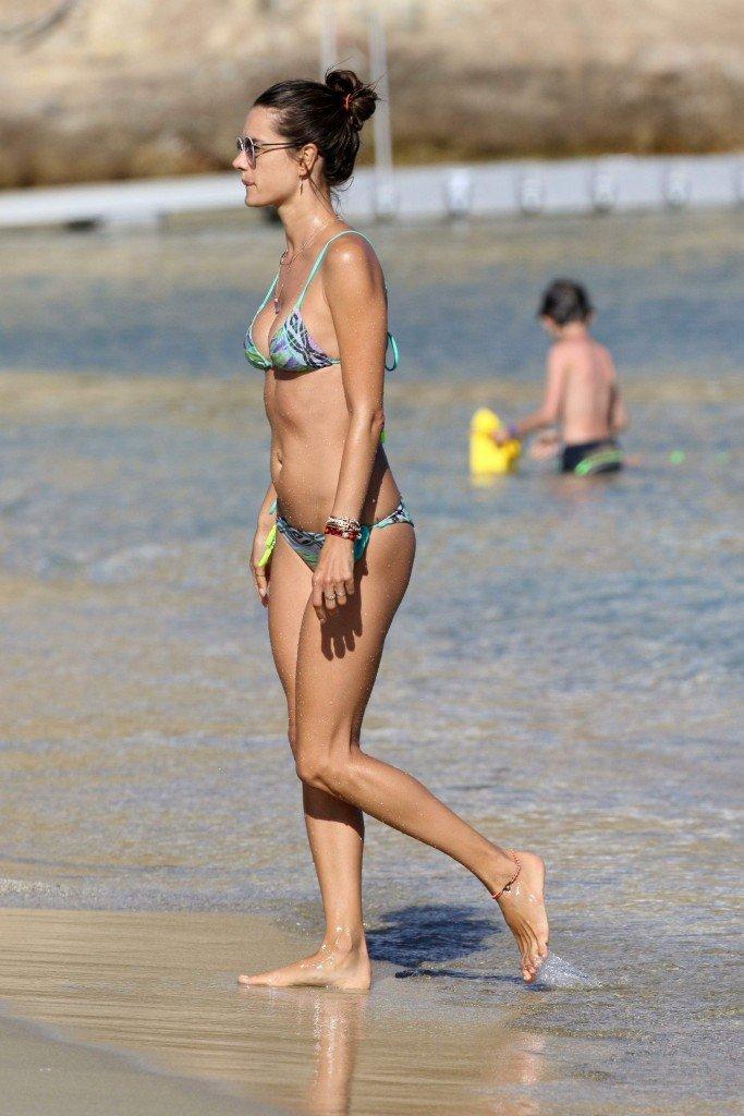 Alessandra Ambrosio Sexy 22