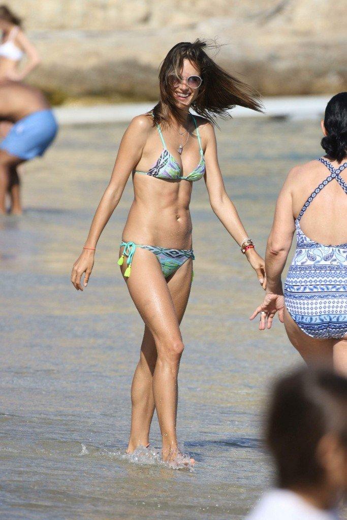 Alessandra Ambrosio Sexy 25