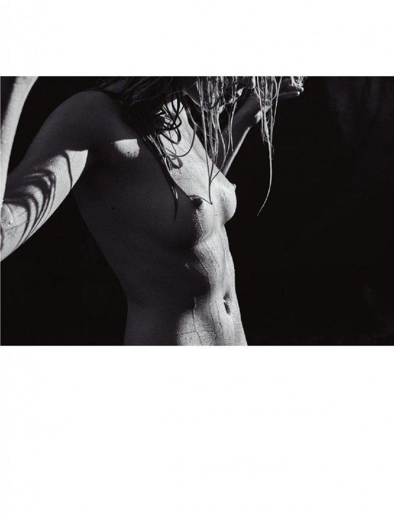 Barbara Di Creddo Nude & Sexy (14 Photos)