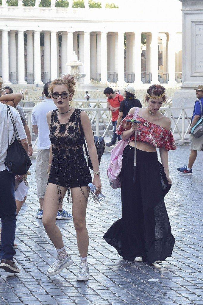 Bella Thorne See Through (32 Photos)