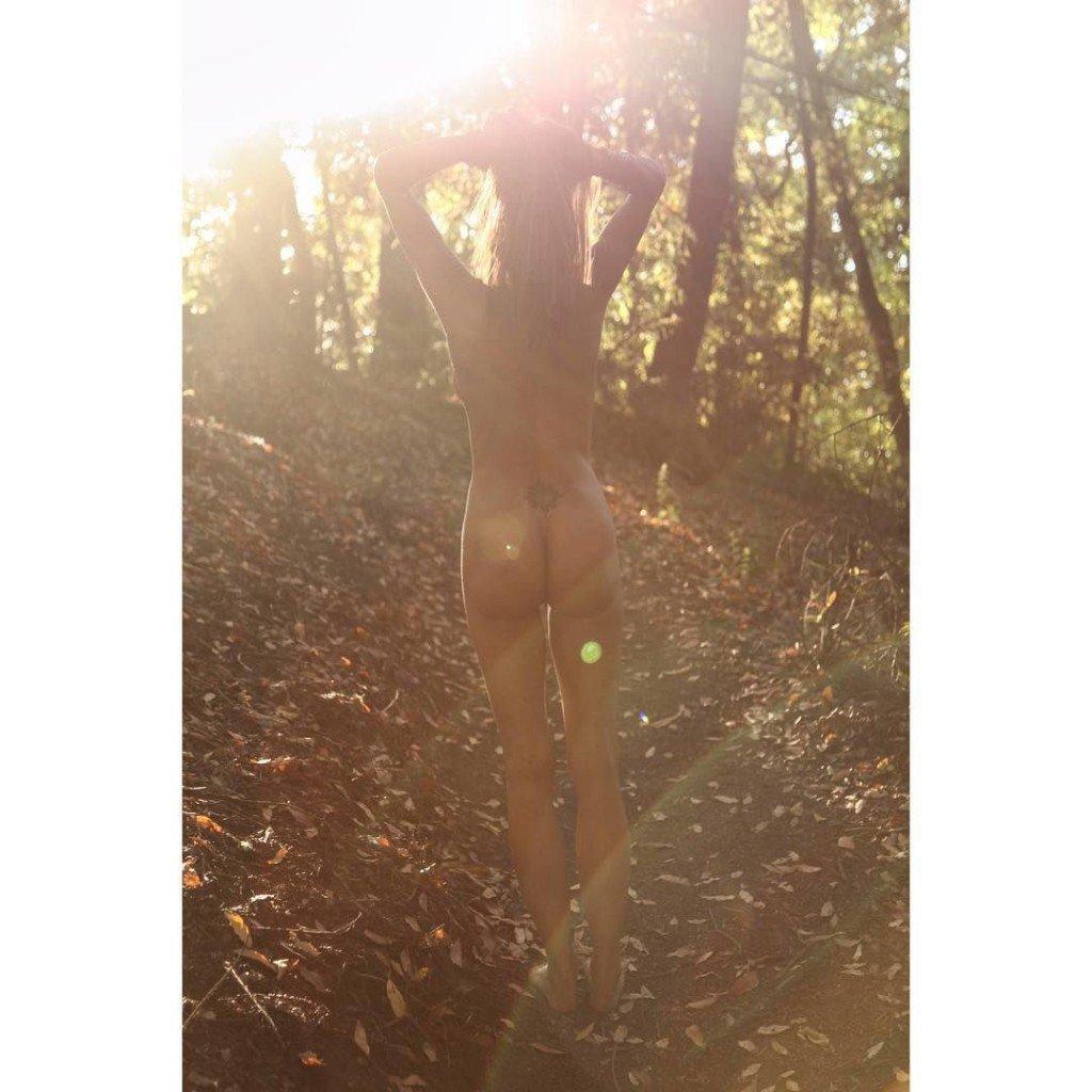 Hot Charisma Carpender Nude Photos