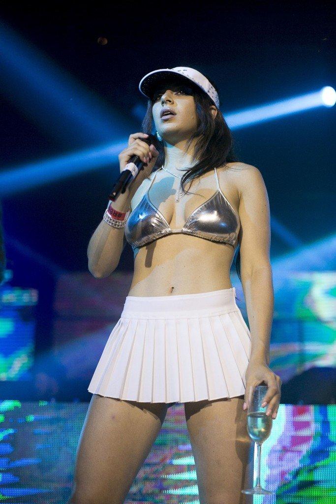 Charli XCX Sexy (87 Photos)