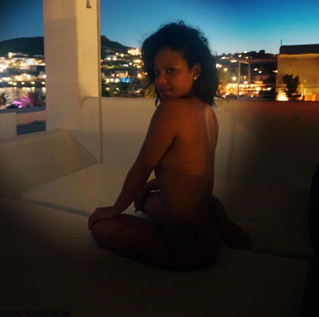 Christina Milian Nude & Sexy (2 Photos)