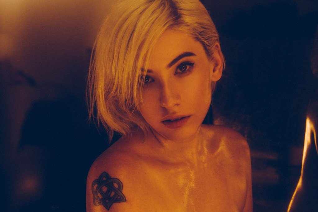 Gabriella Catherine Naked 4