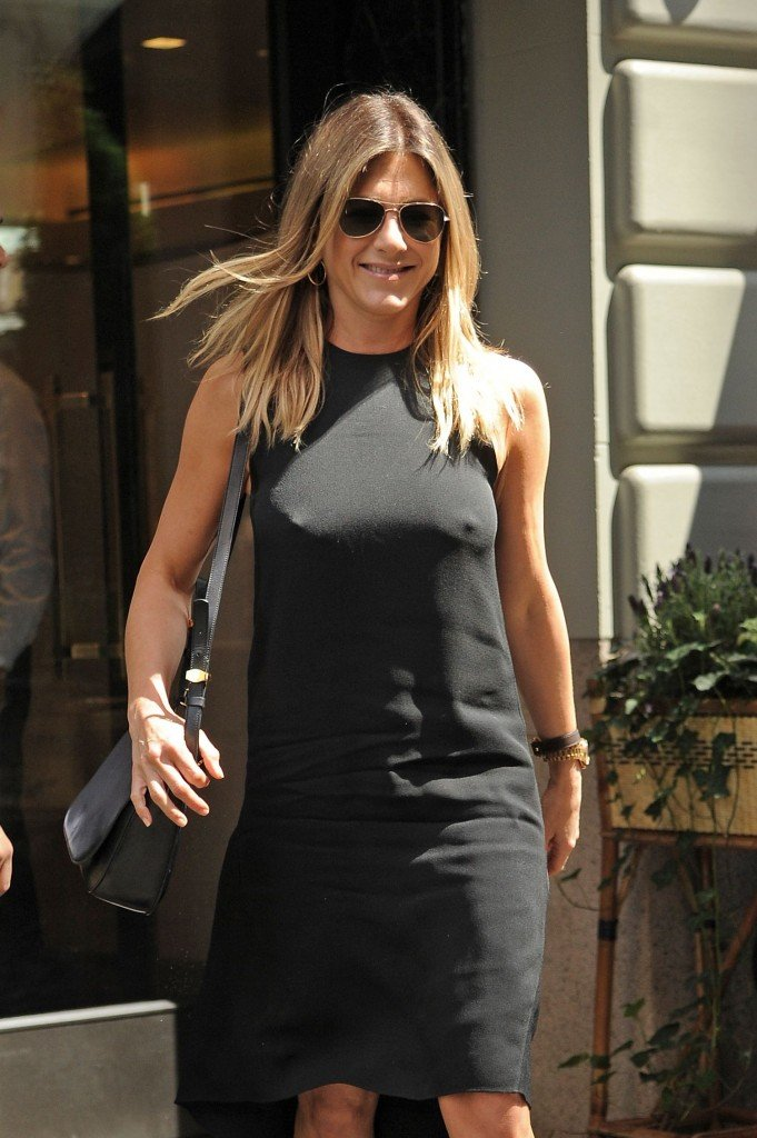 Jennifer Aniston Pokies 1