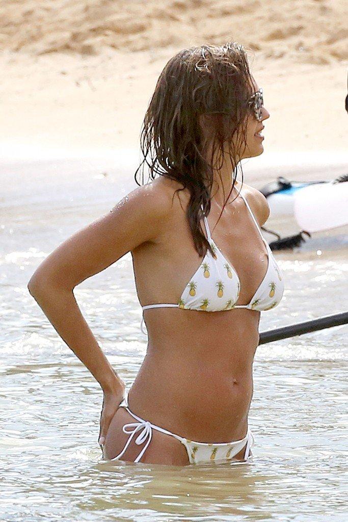 Jessica Alba Sexy (45 Photos)