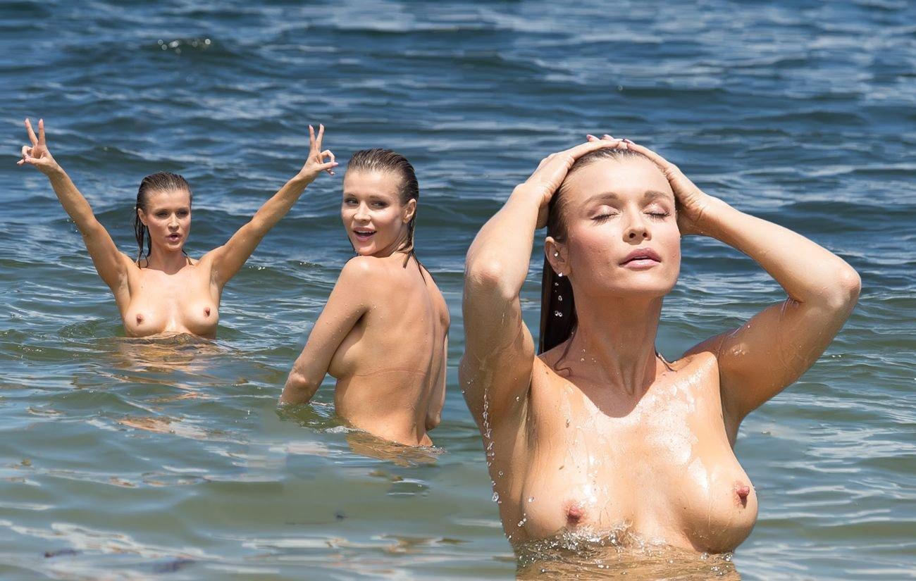 Nude wozniacki Exposed Celebrities