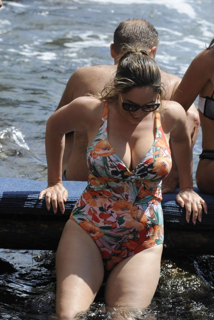 Kelly Brook Sexy 46