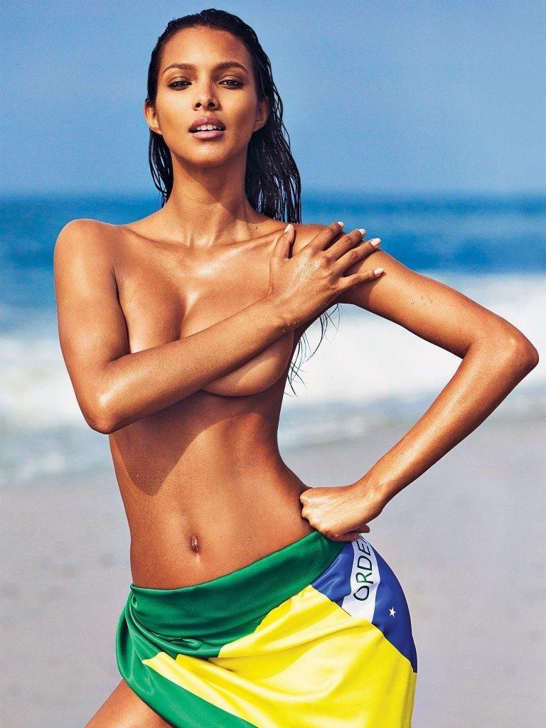 Lais Ribeiro Nude & Sexy 2