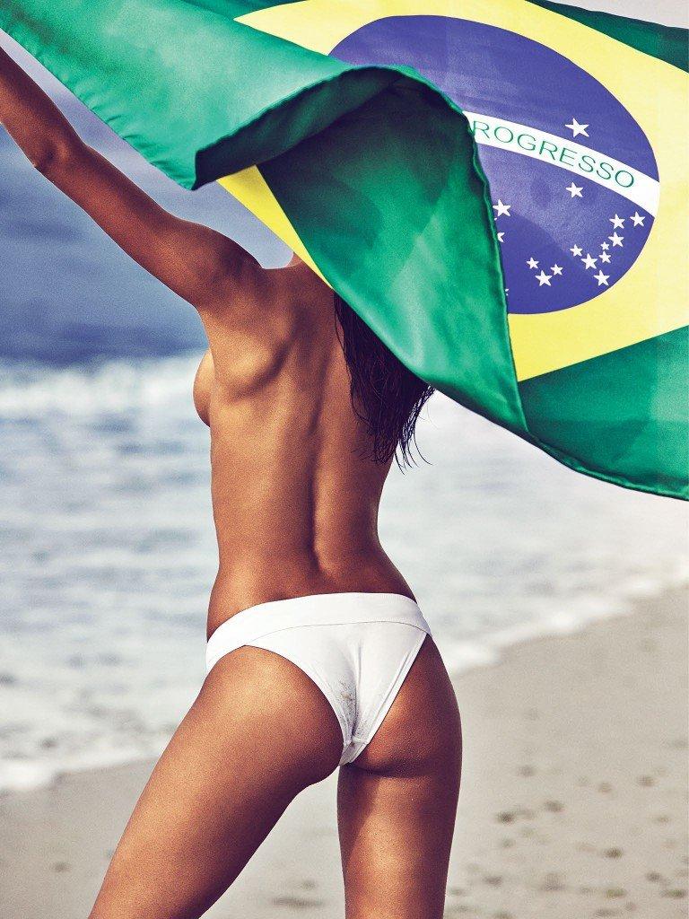 Lais Ribeiro Nude & Sexy 5