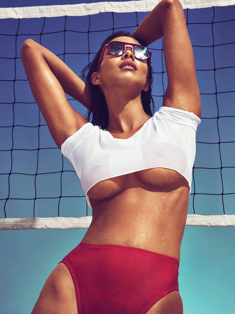 Lais Ribeiro Nude & Sexy 9