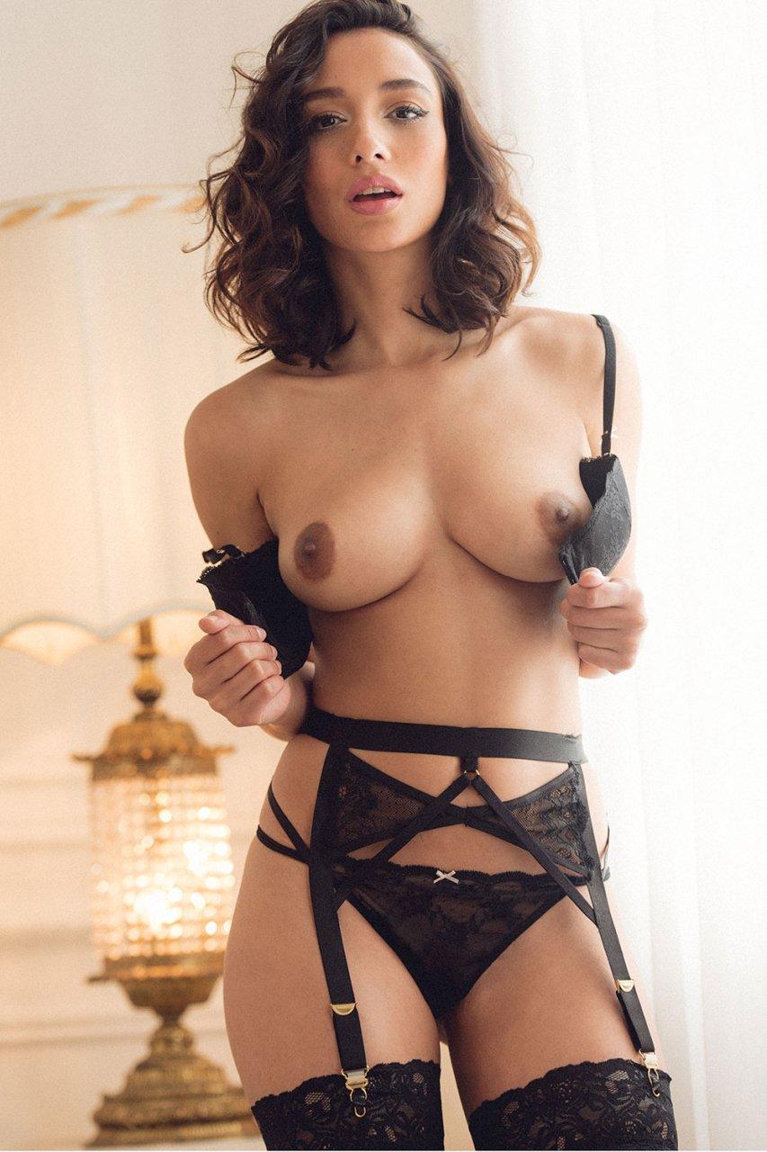 Finest Stephanie Paul Nude Images