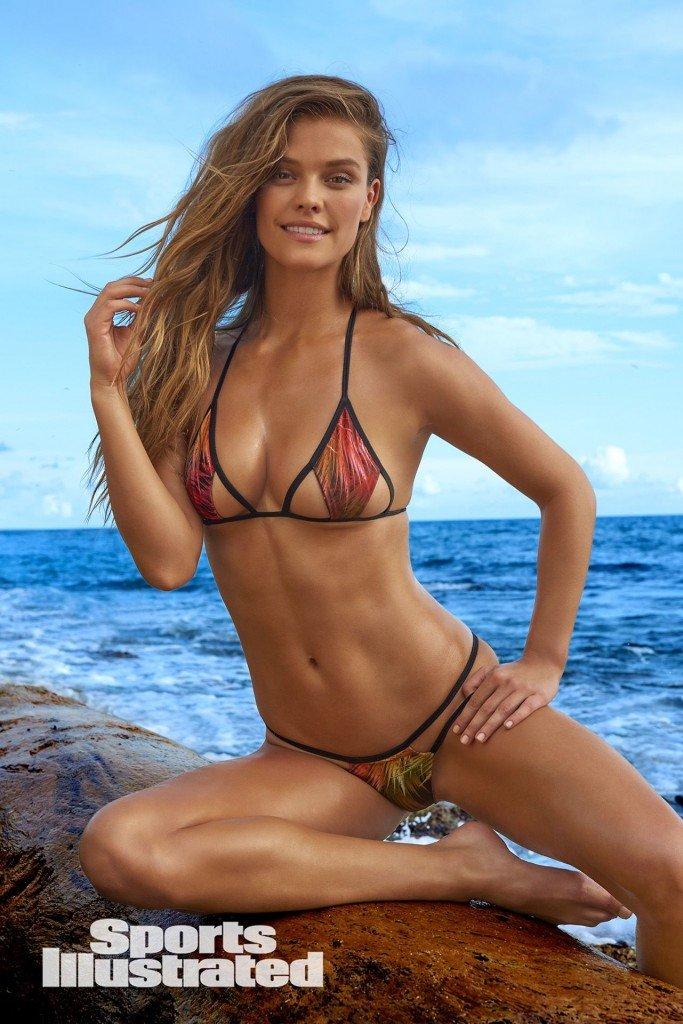 Nina Agdal Sexy 1