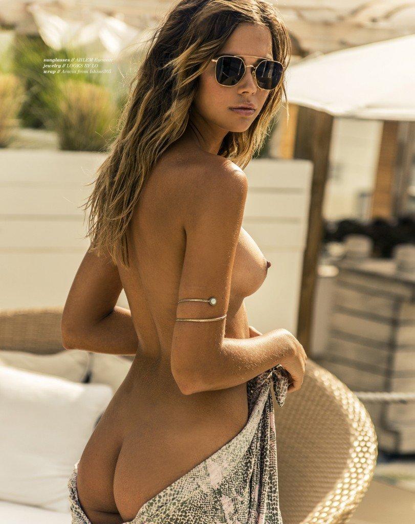 Sandra Kubicka Nude & Sexy 3