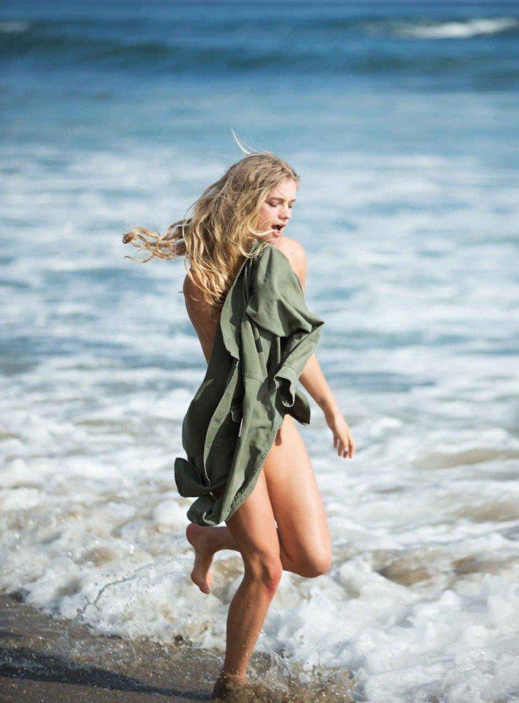 Valerie van der Graaf Nude & Sexy (22 Photos)