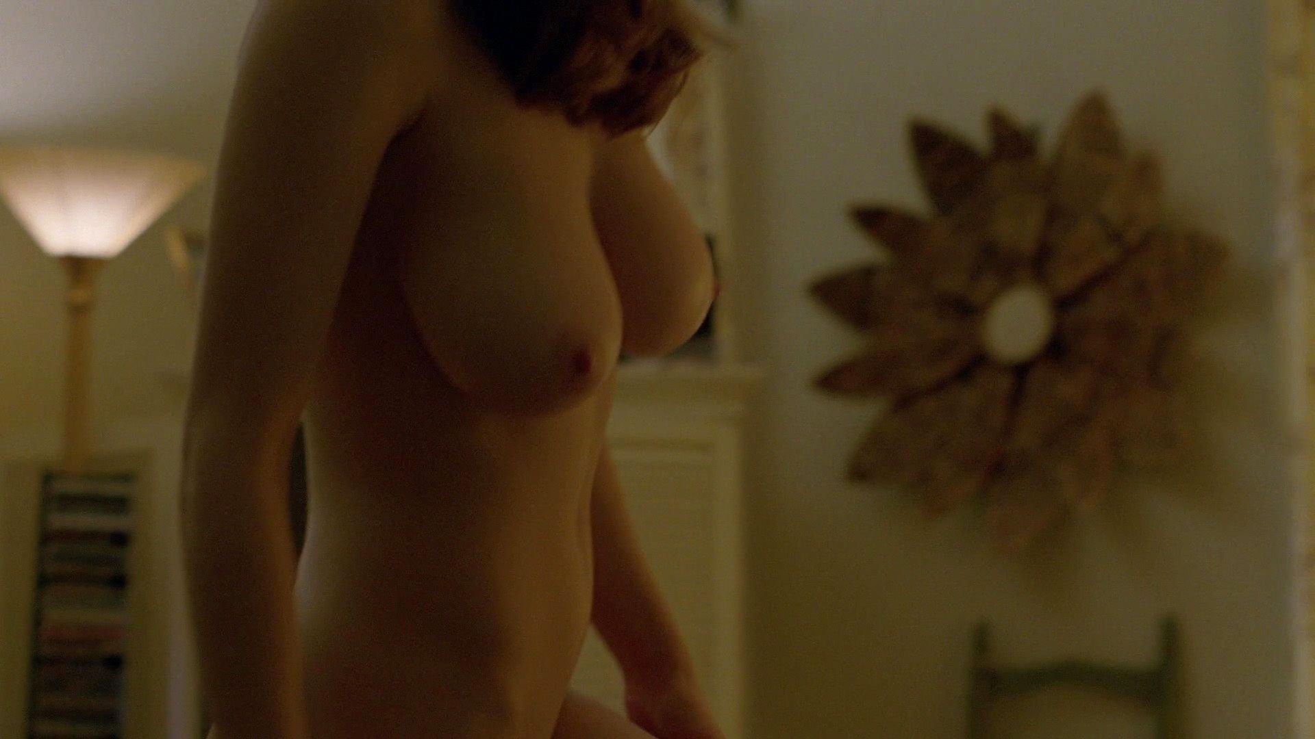 Very hot naked italian girls