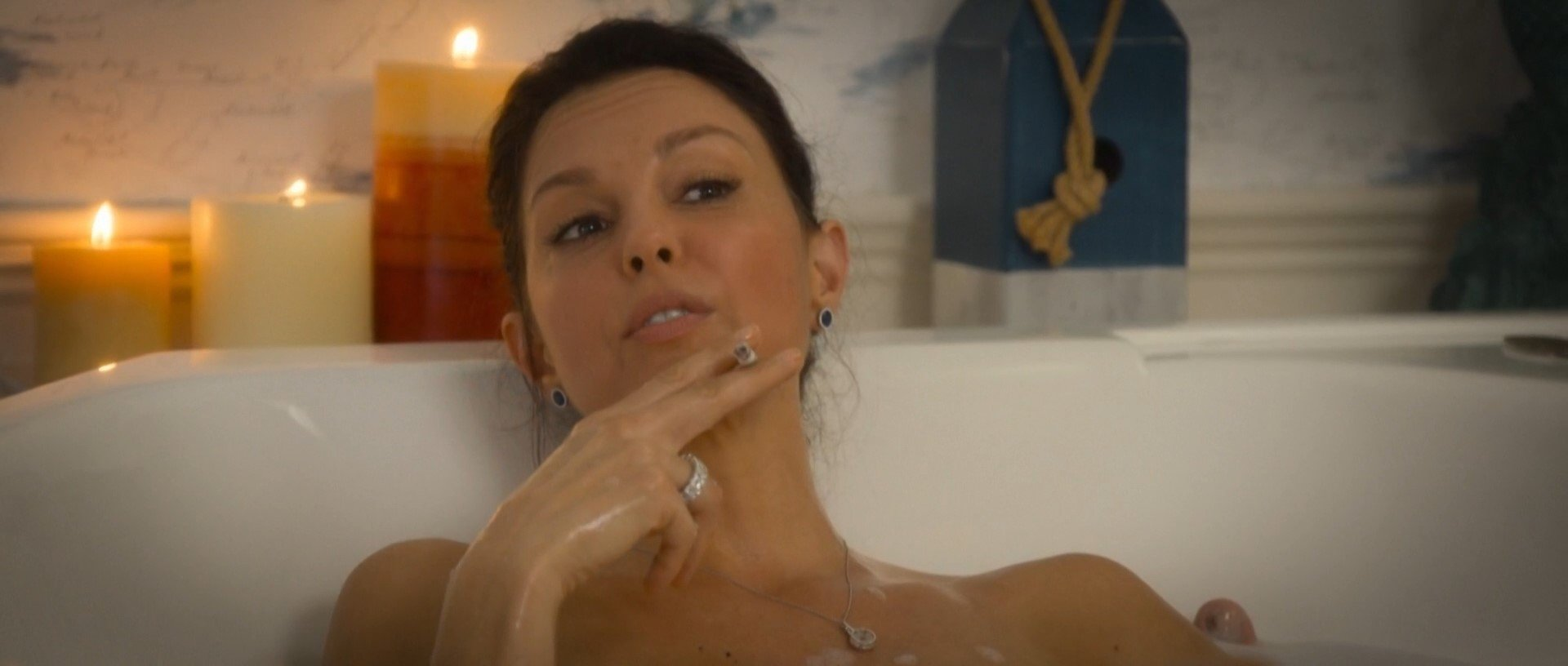 Nude photos of ashley judd