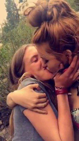 Bella Thorne & Bella Pendergast Lesbian Kiss (4 Photos + Video)
