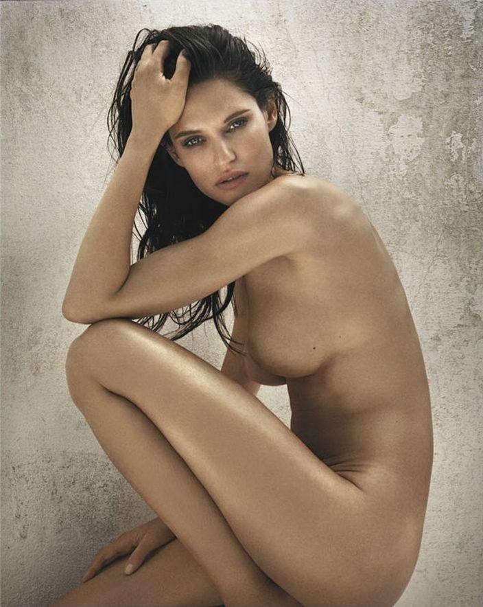 Bianca Balti Nude (4 Photos)