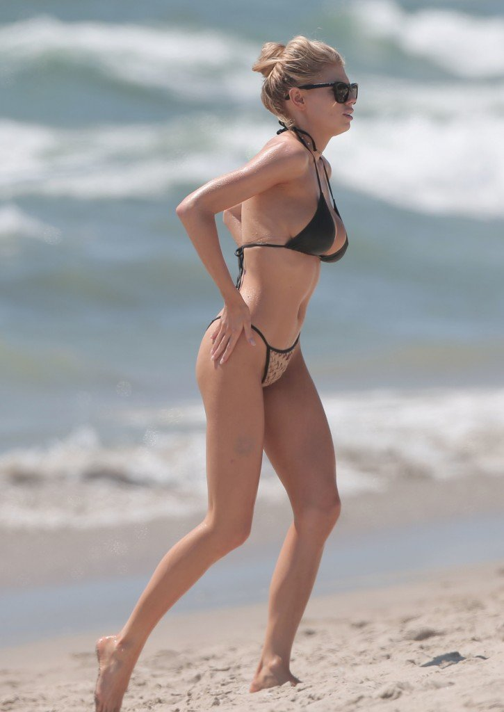 Charlotte McKinney Sexy 6