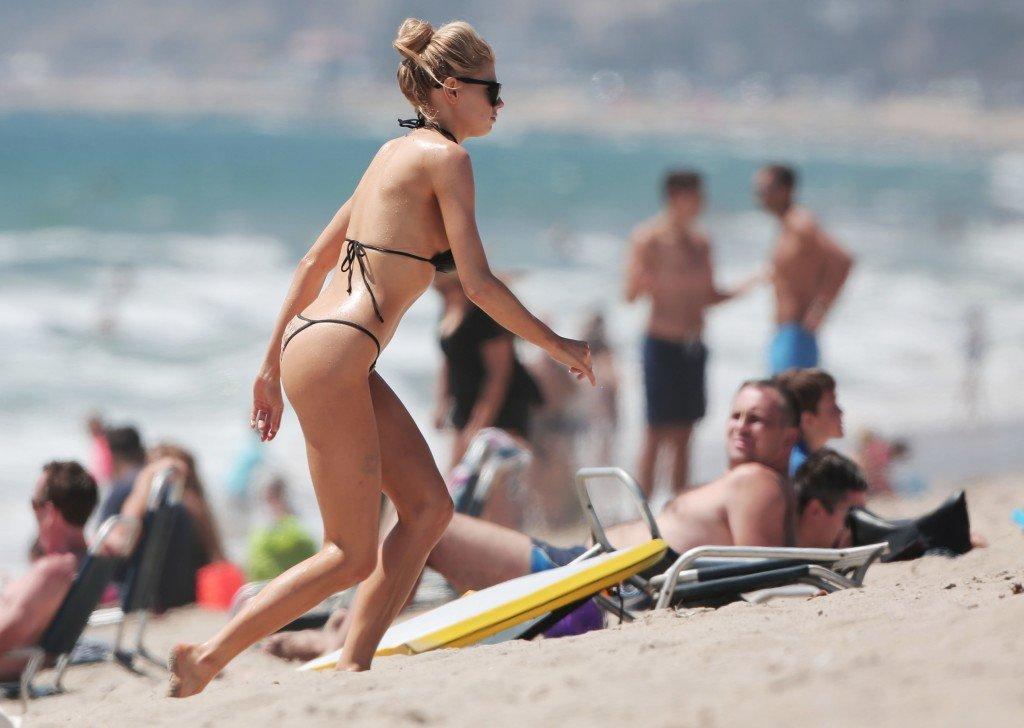 Charlotte McKinney Sexy (21 Photos)