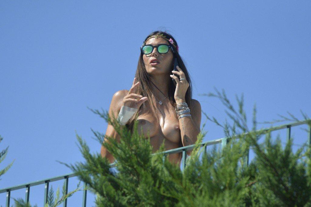Elisabetta Gregoraci Topless (29 Photos)