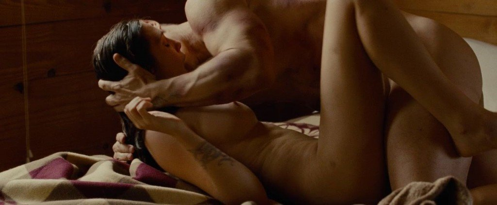 Elizabeth Olsen Nude 1