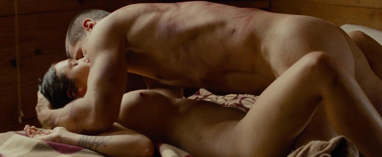 Naked Olsen 61
