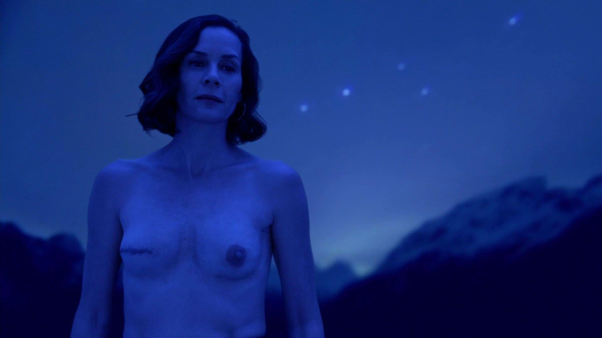 embeth davidtz nude