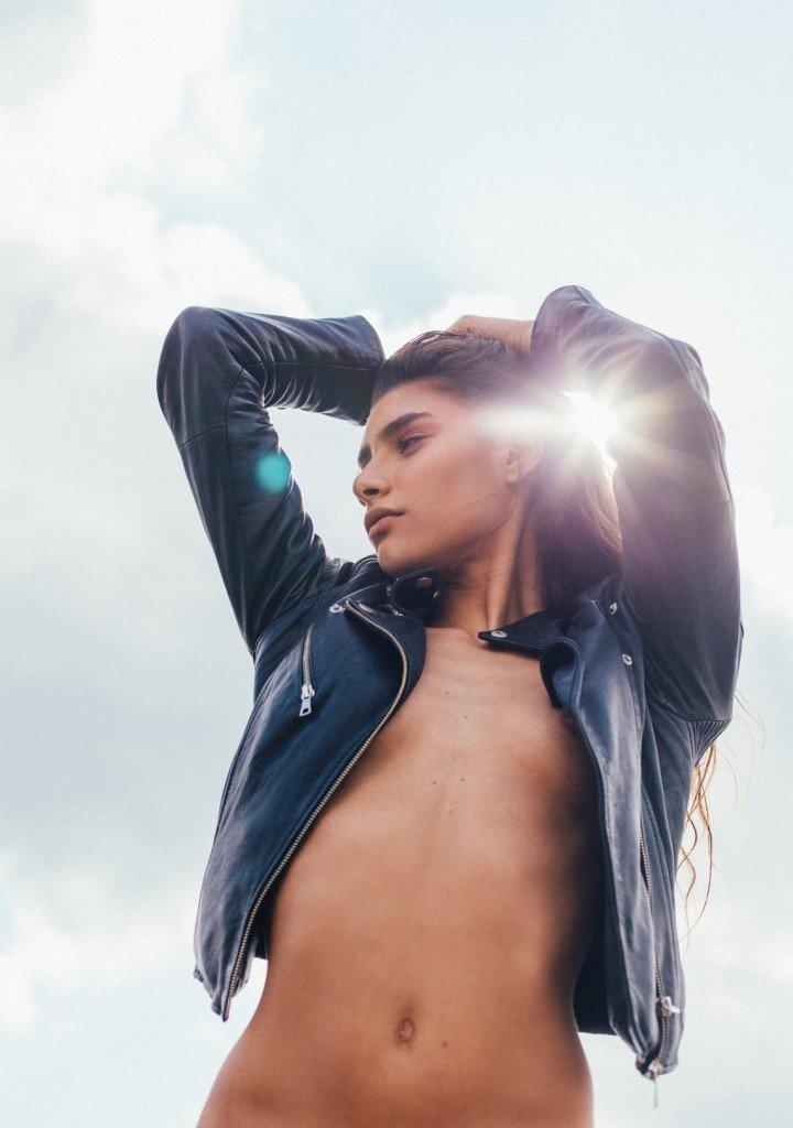 Georgia Salamat Topless (7 Photos)