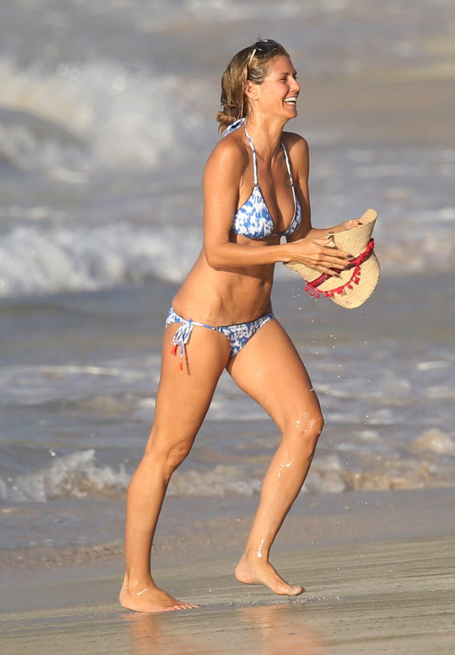 Sorry, Heidi klum hot nude in standing position are mistaken