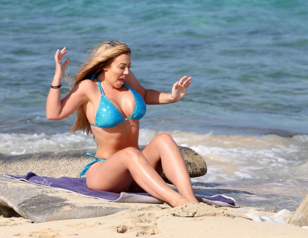 Holly Hagan Sexy (9 Photos)
