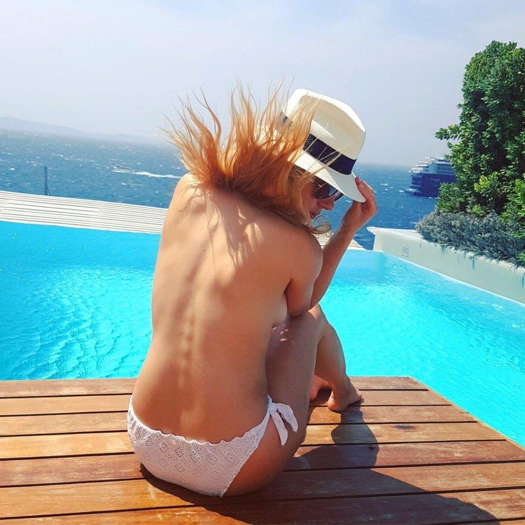 Katheryn Winnick Sexy & Topless 5