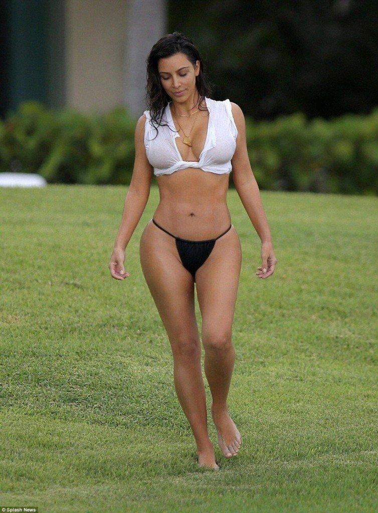 Kim Kardashian See Through (16 Photos)