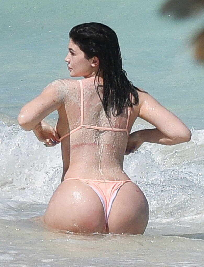 Kylie Jenner Butt Pics 2