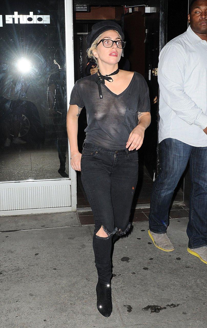 Lady Gaga Braless (10 Photos)   #TheFappening