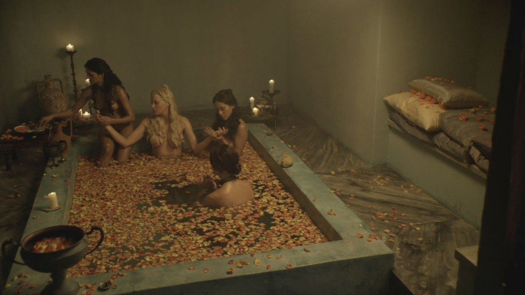 Lucy Lawless, Lesley-Ann Brandt, Laura Surrich, Aria Dickson Nude – Spartacus (8 Pics + GIF & Video)