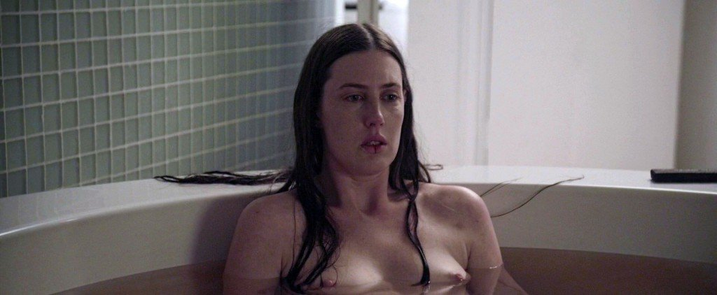 Hots Bare Naked Choke HD