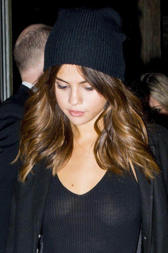 Free Nude Pics Of Selena Gomez 44