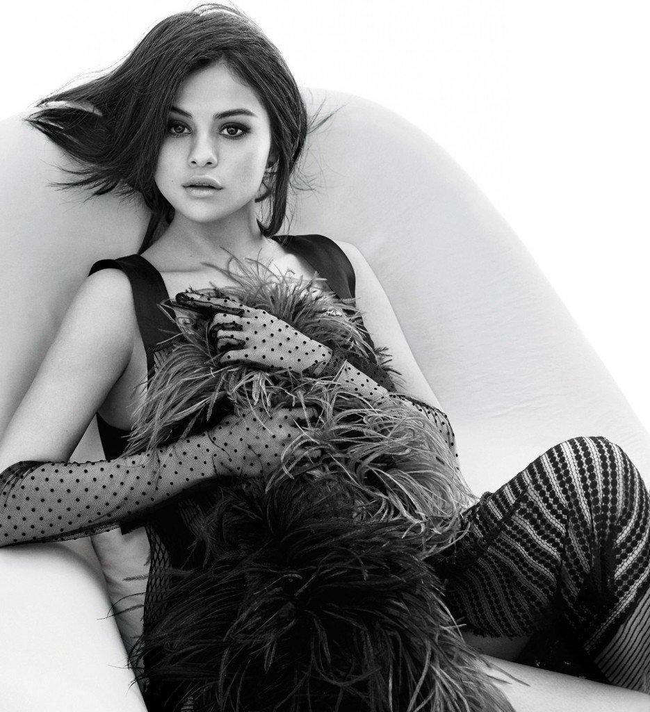 Selena Gomez Sexy 25