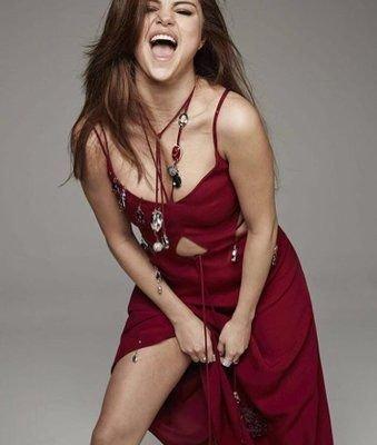 Selena Gomez Sexy 35