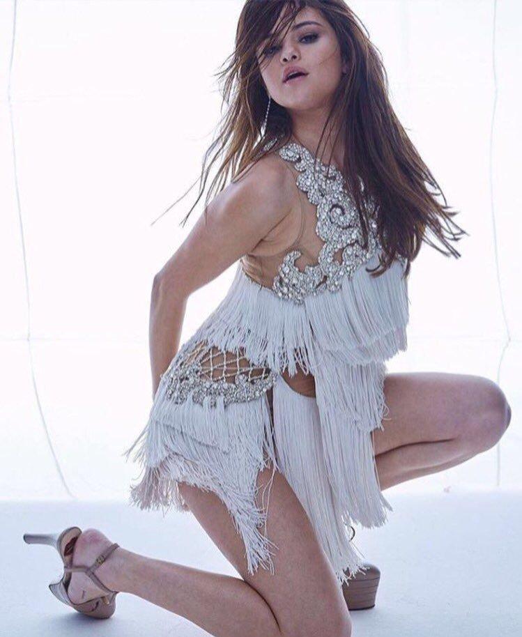 Selena Gomez Sexy 39