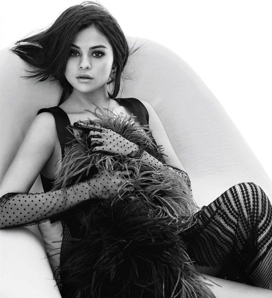 Selena Gomez Sexy 5