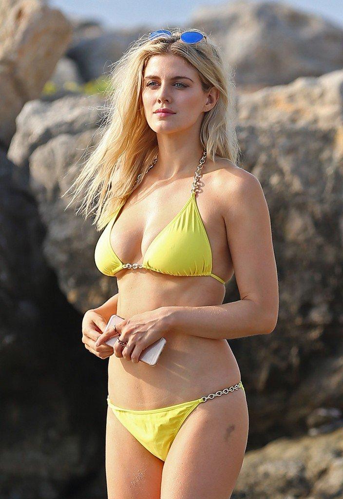 Ashley James Sexy (20 New Photos)