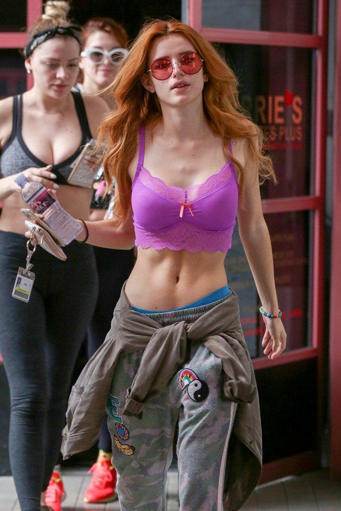 Bella Thorne Sexy (36 Photos)