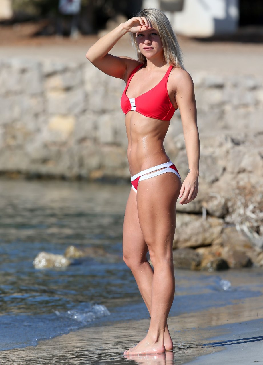 Chloe Madeley Sexy - 9 Photos nudes (22 pic)